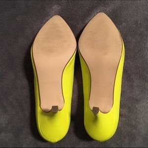 2982e960f89 Neon Yellow Kitten Heel Pumps