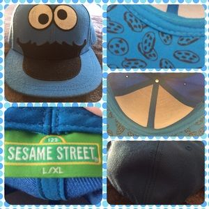 Sesame Street Accessories - Like New Sesame Street Cookie Monster Baseball Hat