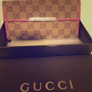 Gucci Handbags - Authentic GUCCI Checkbook Wallet - Rare Design