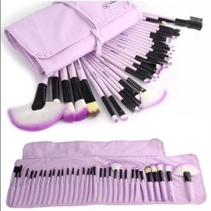 Other - Vander Profesional 32pcs Makeup Brush NWT