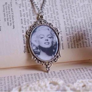 Abbie's Anchor Jewelry - Marilyn Monroe Cameo Necklace💋