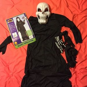 Other - Child's scary skeleton Halloween costume