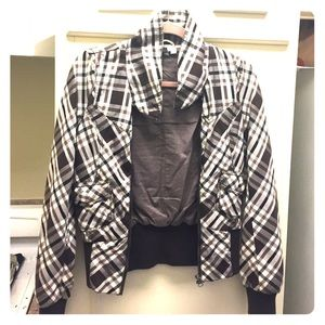 Selling a plaid jacket DIVDCO by H&M