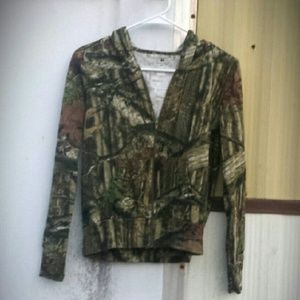 Mossy Oak camo zip up