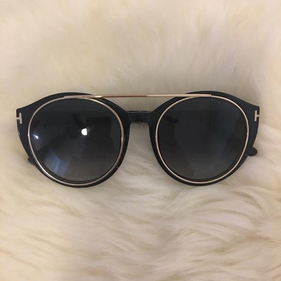 216079afb7f Tom Ford Joan Sunglasses. M 57f59a27a88e7d662500556f