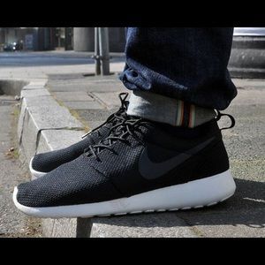 Nike Shoes - {Nike} Black Roshe One