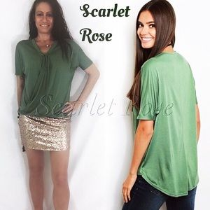 Scarlet Rose Boutique Tops - 🌹Gorgeous Green Soft Tie Front Top🌹