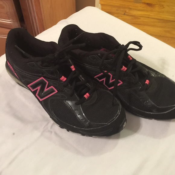 new balance womens trainers size 8