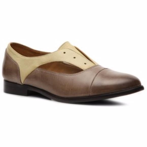 a3e5cd22 Kensie Shoes   Two Tone Cap Toe Oxford Flats Sz 10 Nwb   Poshmark