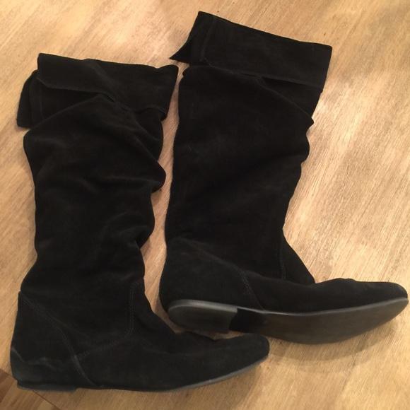 ecea12cd590 Black suede Steve Madden flat boots