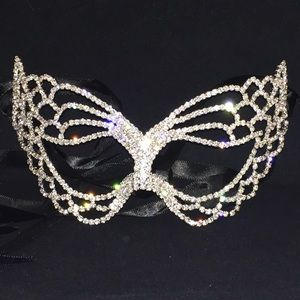 Rhinestone Masquerade Mask with Satin tie