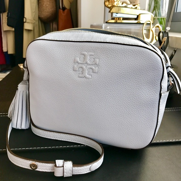 010f8177a20 Tory Burch Thea Shoulder Bag. M_57f5c27236d594e704004fea
