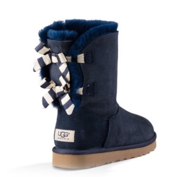 UGG Bailey bow navy boots Sz 10 new