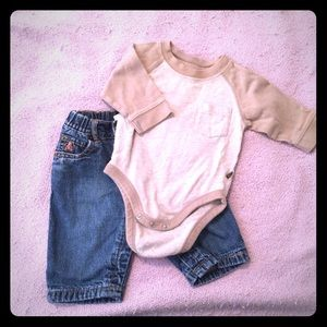 Baby Boys 3-6 months Outfit GAP Jeans Old Navy T