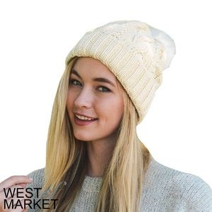 West Market SF Accessories - -NEW ARRIVAL-🎉 Ivory PomPom Beanie