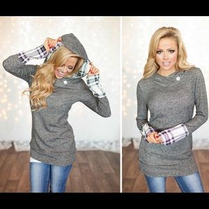 NEW Cozy Chic Grey Plaid Hooded Tunic❤️