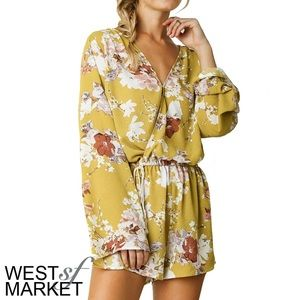 West Market SF Pants - -NEW ARRIVAL-🎉 The Caitlin Floral Romper