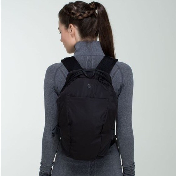 19003dad27 lululemon athletica Handbags - Lululemon Run All Day backpack