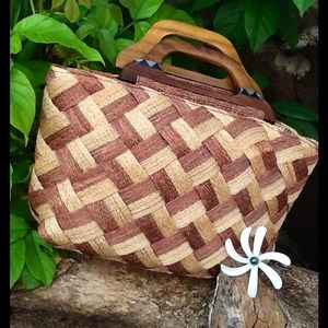 Adrienne Vittadini Handbags - 🌹Adrienne Vittadini Natural Woven Tote Purse🌹