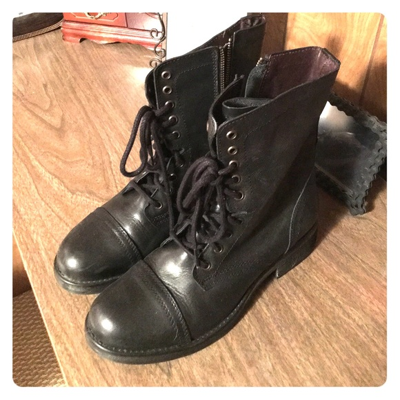 a44dab454df Steve Madden Troopa 2.0 boots in Black
