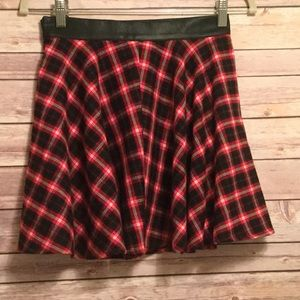 Dresses & Skirts - Plaid/Faux Leather Skirt NEW!