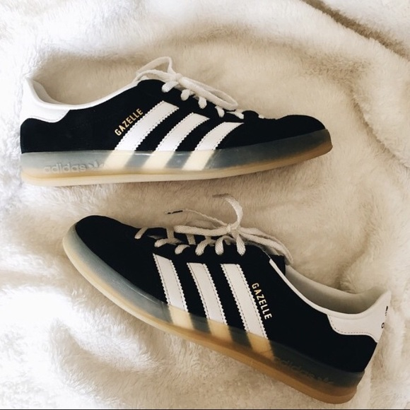 adidas gazelle with gum sole
