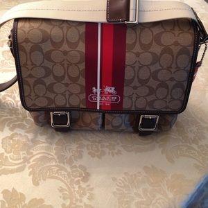 Coach Voyager Messenger bag
