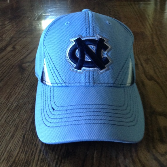 detailed pictures 226c0 2175c North Carolina Tar Heels hat one fit. M 57f68853f09282d9300133de