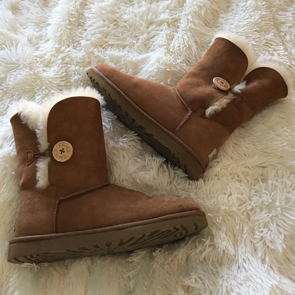 ugg bailey button chestnut sale