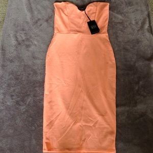 Midi sweetheart bust line dress
