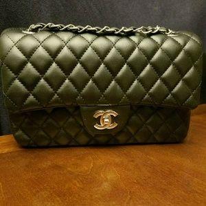 Handbags - Chanel Black Leather Quilted handbag