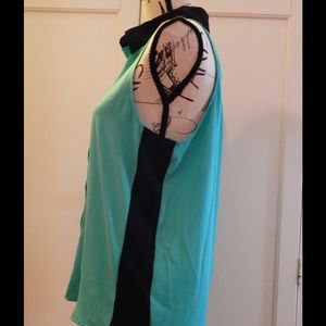 hearts... Tops - Teal and Black Button-down Sleeveless Blouse Sz M