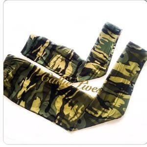 ♨️HP♨️ Plus Mommy Me Leggings Army Camouflage Camo