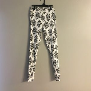 Lucky Jade Pants - Jade black & white stretchy leggings