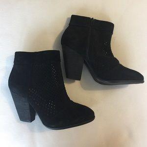 Sole society black bootie