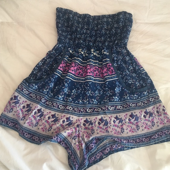 9e26ae4843 Free People Other - 🎁CLOSET CLOSING🎁Blue Floral Romper