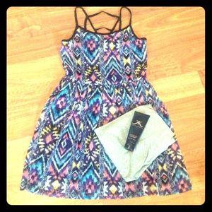 Dresses & Skirts - NWT Junior's Dress