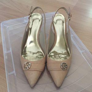 b60ec7cc6920 ... Authentic Coach leather low heels ...