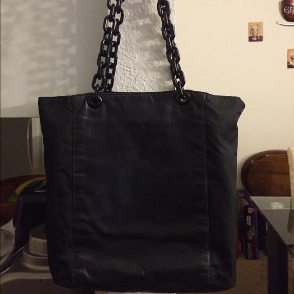 1689c029488a ... Buy Vintage Prada bag. M_57f7244d4e8d17306900e2e9