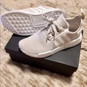 Price Drop! Adidas NMD R1 Boost talc/cream 8.5 NEW