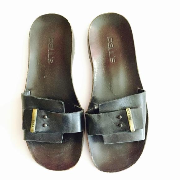 e360091e6f8 Men s leather slides. Pauls. M 57f7327c99086a021f010591.  M 57f7327d7f0a051beb010411. M 57f7327c99086a021f010591   M 57f7327d7f0a051beb010411