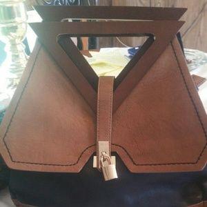 No name purse