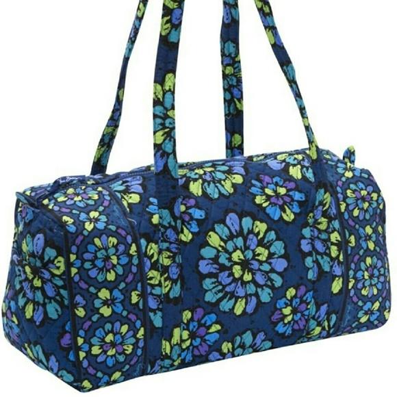 Very Bradley Small Duffel Bag Indigo Pop. M 57f75f81981829a20e014b94 3418cdeed7060