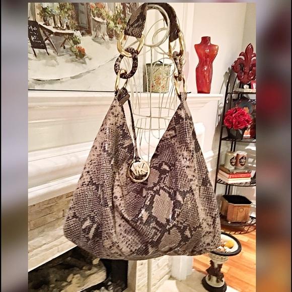 Michael Kors Super Large snakeskin hobo bag SALE!!  M 57f7898a5c12f8770c017f49 aa90becb3