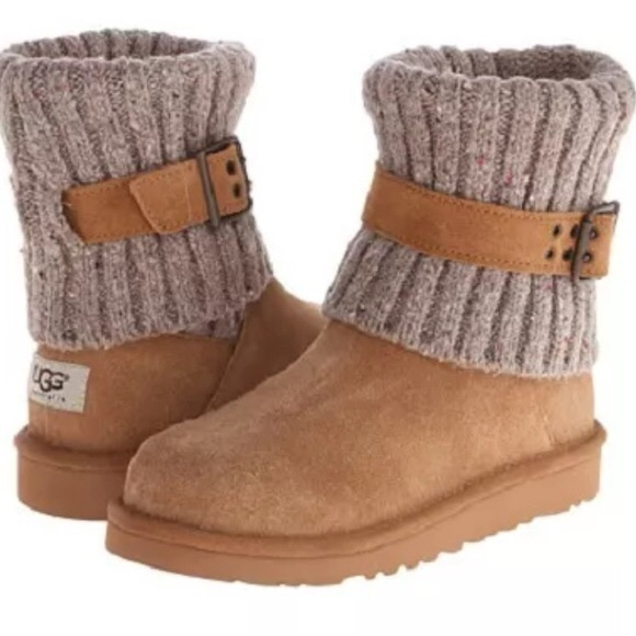14ca2cfdece UGG Cambridge Boots in Chestnut