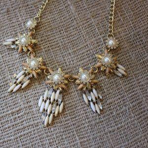 Pearl floral rhinestone statement necklace set