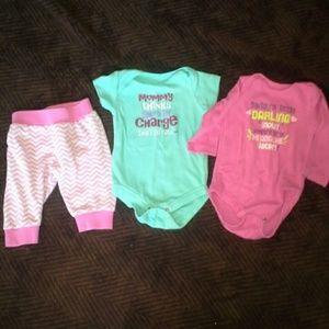 Donating soon Girls 0-3 month lot