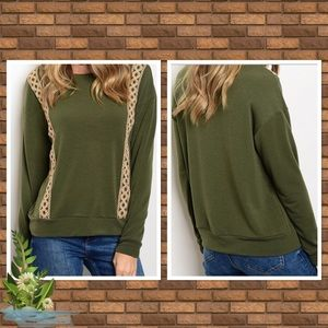 💚 Olive and Tan Sweater 💚💚