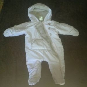 Donating soon Girls 0-3 month snow suit