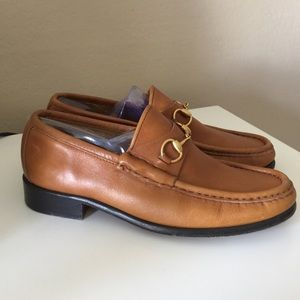 Gucci Shoes - Gucci horsebit leather loafers. EUC